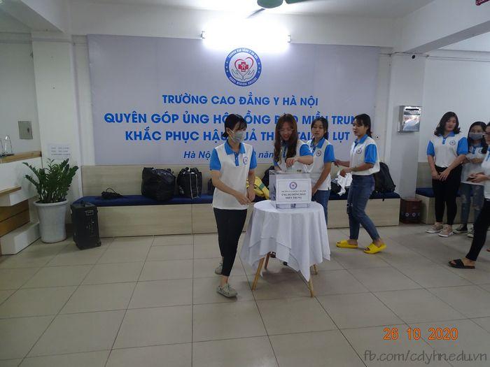 Cao đẳng Y Hà Nội phát động sinh viên quyên góp ủng hộ đồng bào miền Trung bị lũ lụt