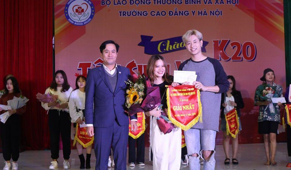 chao-tan-sinh-vien-k20-cdyhn_22