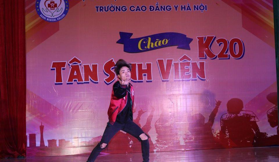chao-tan-sinh-vien-k20-cdyhn_9