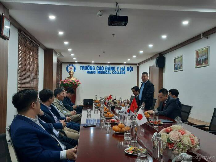 Đoàn công tác Sở LĐTB-XH tỉnh Hải Dương, Bắc Kạn về thăm và làm việc tại trường