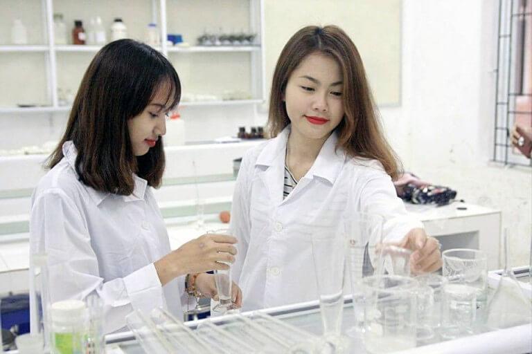 định hướng pháp triển nghề nghiệp cho sinh viên dược