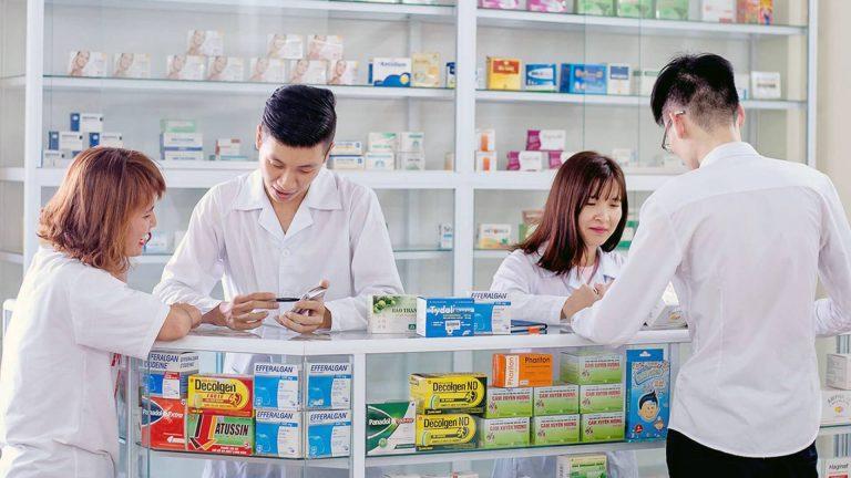 Hướng nghiệp định hướng ngành Dược và nghề Dược cho sinh viên