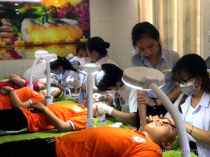 thực hành chăm sóc da tại khoa chăm sóc sắc đẹp