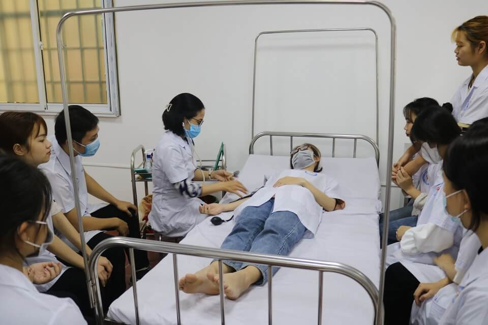 cao đẳng y hà nội khoa điều dưỡng