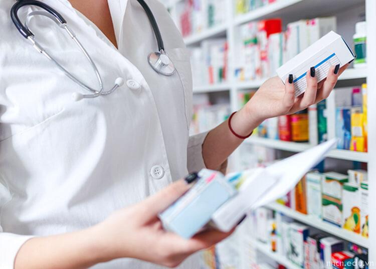 Vai trò của Dược sĩ trong việc tư vấn sử dụng thuốc an toàn và hiệu quả